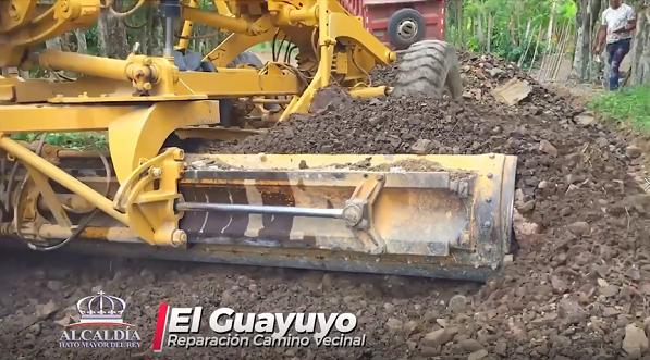 REPARACION DE CAMINO VECINAL EL GUAYUYO